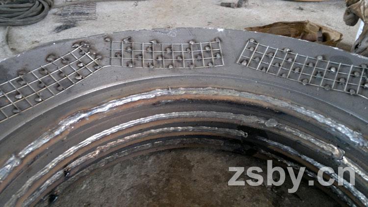 钢衬塑泵盖龟甲网结构高清图